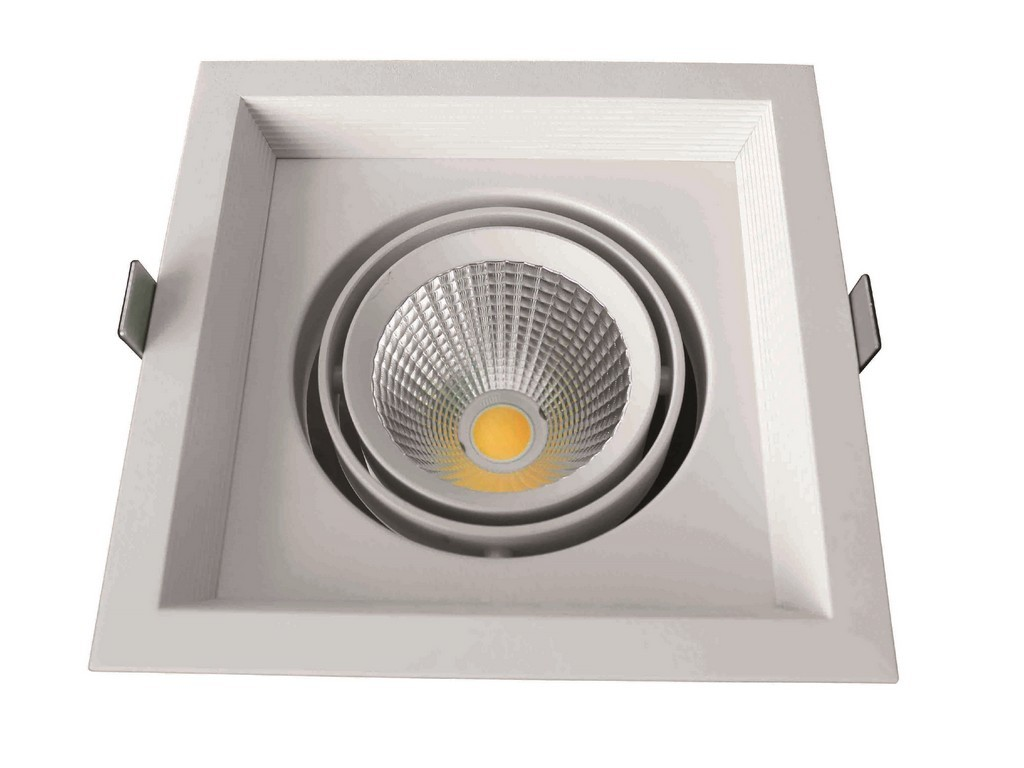DOWNLIGHT LED EMPOTRABLE SERIE MALTA PF>0,9 CORTE 115x115MM 10W 3000K 38º 230V BLANCO